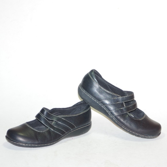 Bendables Slip Shoes Poshmark On Leather Black Comfy Clarks 5wPWF7Uq4w